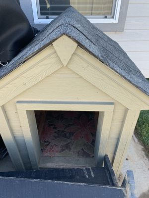Dog house for Sale in Meridian, ID