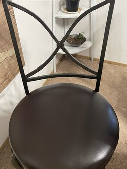 2 High Barstools for Sale in Wenatchee,  WA