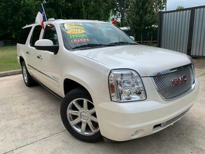 2012 Gmc Yukon Denali XL// 2300 down payment // not parting out for Sale in Houston, TX