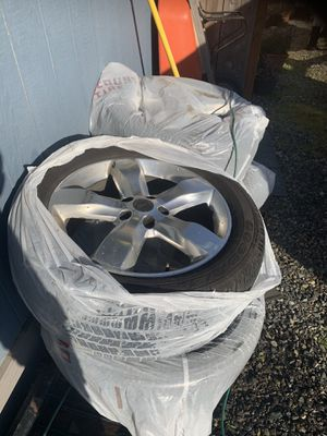 Jeep Grand Cherokee wheels and tires for Sale in Portland, OR