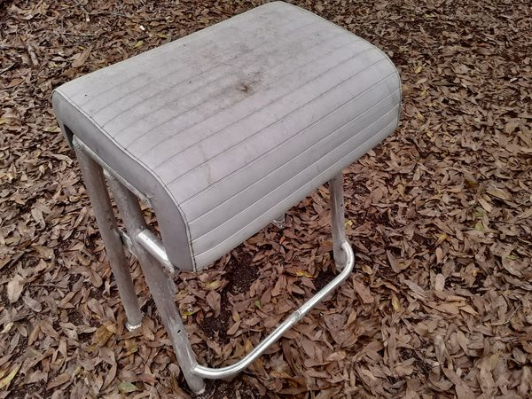 Small Leaning Post For Sale In Miami Fl Offerup