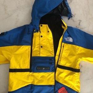 Supreme northface steeptech Jacket Sz Large brand new for Sale in Brownstown Charter Township, MI