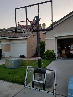 FREE BASKETBALL HOOP for Sale in Corona, CA