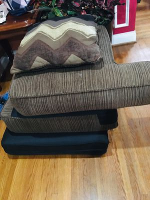 Free couch for Sale in Fort Washington, MD