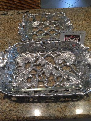 Arthur designs butterfly casserole 3-quart and 2-quart pyrex for Sale in Las Vegas, NV