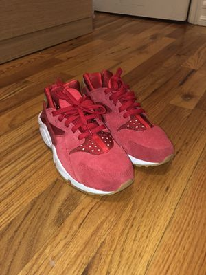 Nike hurraches for Sale in Queens, NY