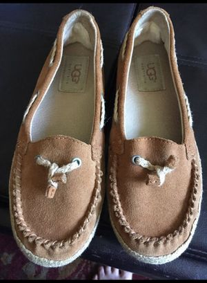 Ugg girl shoes for Sale in Potomac Falls, VA