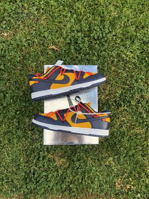 Off white dunk size 11 for Sale in Bell Gardens, CA