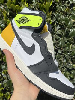 "Nike Air Jordan 1 High Retro OG ""Volt Gold"" for Sale in Lynwood,  CA"