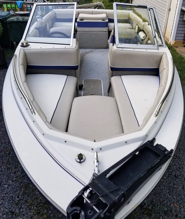 1996 Bayliner Capri - Bowrider - Great 1st Time Boat - 19'