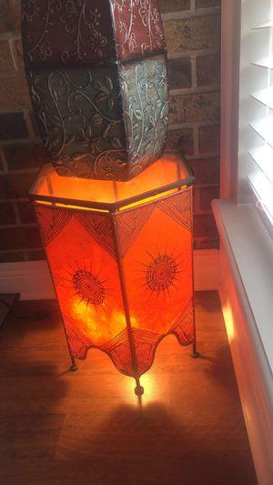 Moroccan henna lamp/table for Sale in Chalmette, LA