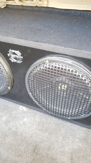 Speakers subwoofer and amplifier for Sale in San Diego, CA