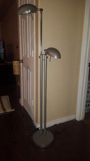 Floor Lamp for Sale in Tolleson, AZ