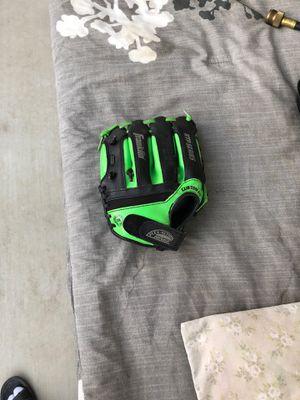 Franklin baseball glove for Sale in Dinuba, CA