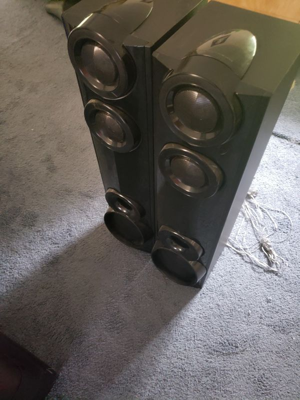 LG 1000w tower speakers. Blueray, bluetooth, optical