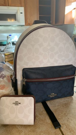 Coach purse and wallet new for Sale in Visalia, CA