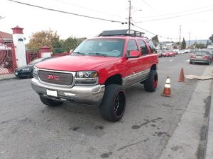 Lifted Yukon 4x4 for Sale in Oakland, CA