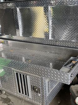 Dog Kennel For Pickup Truck for Sale in Wantagh,  NY