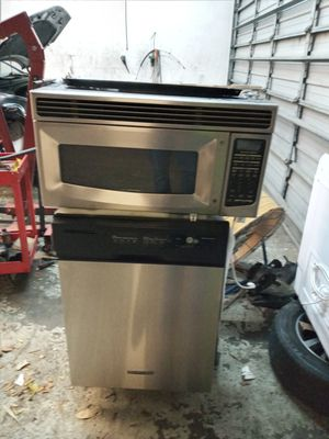 Dishwasher, microwave, stove ,oven for Sale in Miami, FL