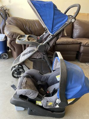 Eddie Bauer stroller , car seat and base for Sale in Glendale, AZ