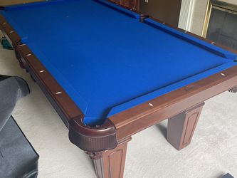 Olhausen pool table for Sale in Woodinville,  WA