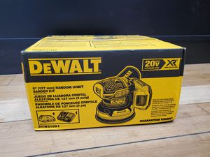 "Dewalt 20V DCW210D1 5"" Randon Orbit Sander Kit for Sale in Framingham, MA"