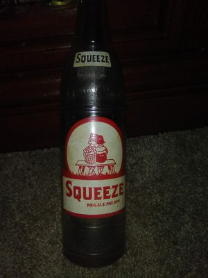 vintage Squeeze bottle for Sale in Pelahatchie, MS