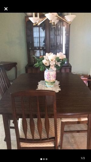 Complete dining room set with china cabinet for Sale in Spring Hill, FL
