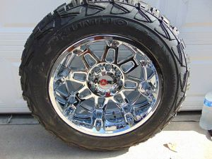 NEW Chrome 20X12 Worx Conquest Rims & 35 12.50 20 Kumho MT Tires 8 LUG for Sale in Aurora, CO