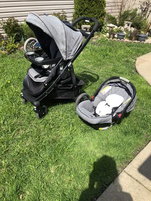 Grago Stroller with car seat. for Sale in Chicago, IL
