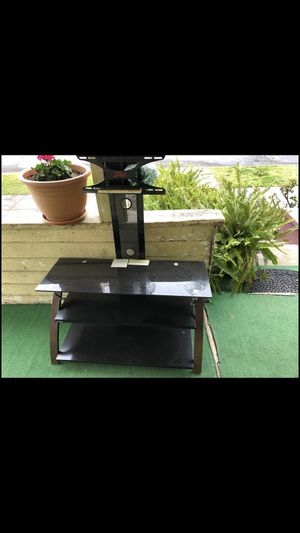 Z-line tv stand for Sale in Dinuba, CA