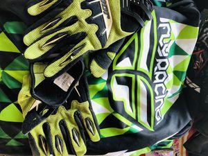 Motorcycle dirt bike riding gear for Sale in Heflin, AL