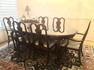 Dining room table and chairs. for Sale in Annandale, VA