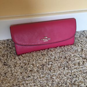 Coach Wallet In good condition🌹 for Sale in Mountlake Terrace, WA