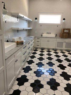 Ceramic porcelain schower remodel for Sale in Mesa, AZ