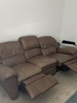 Couch Recliner for Sale in Whittier,  CA