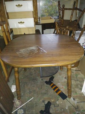Kitchen table with three chairs for Sale in Akron, OH