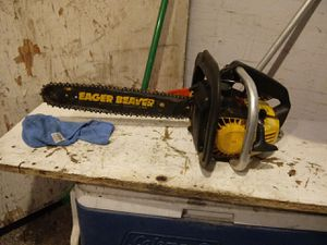 16 in eager beaver gas chainsaw for Sale in Fresno, CA
