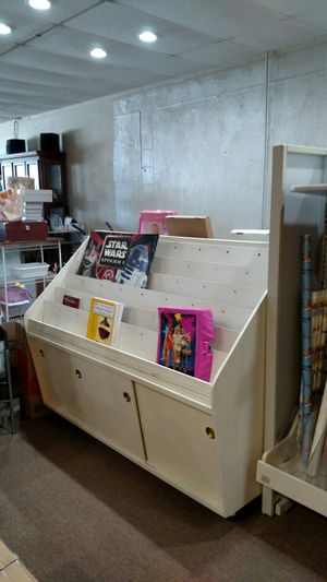 Book or magazine holder with storage for Sale in Liberty, SC