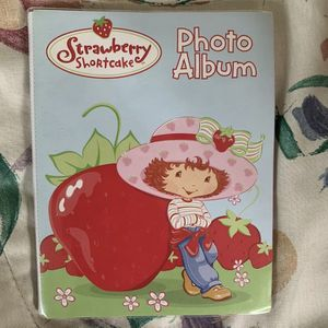 Strawberry Shortcake Photo Album 4x6 Photos 12 Sheets For 24 Pictures for Sale in Centreville, VA