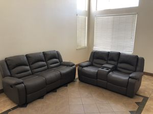 Grey sectional couch for Sale in Livermore, CA