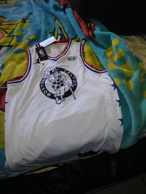 Brand New adult size large celtic Jersey for Sale in Phoenix, AZ