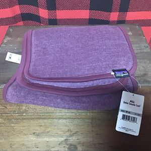 NWT Patagonia Better sweater scarf for Sale in East Longmeadow, MA