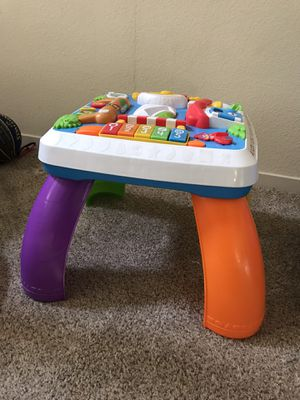 Kids toddler Fisher Price learning table toy lights up for Sale in Fremont, CA