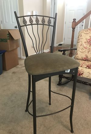 """Bar stools 30"""" metal frame with cloth cushion. I have a set of 4 that I'm selling for $150 but will sell separately at $40 ea. Very good condition wi for Sale in Rolesville, NC"""