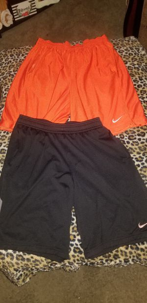 Nike 2 Pairs of Men's Size Large Shorts for Sale in Taylor, MI