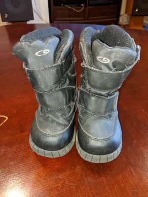 Champion C9 boys kids winter snow boots size 8 excellent condition for Sale in Palatine, IL