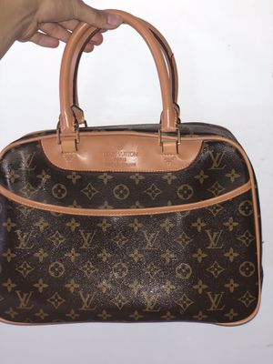 Louis Vuitton Hand bag great condition authentic for Sale in Westminster, CO