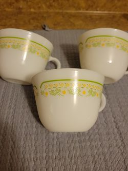 Vintage Pyrex Tea Cups for Sale in Gardena,  CA