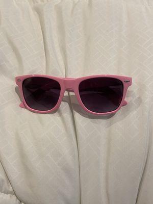 Rare Ray ban pink wayfarer sunglasses for Sale in Philadelphia, PA